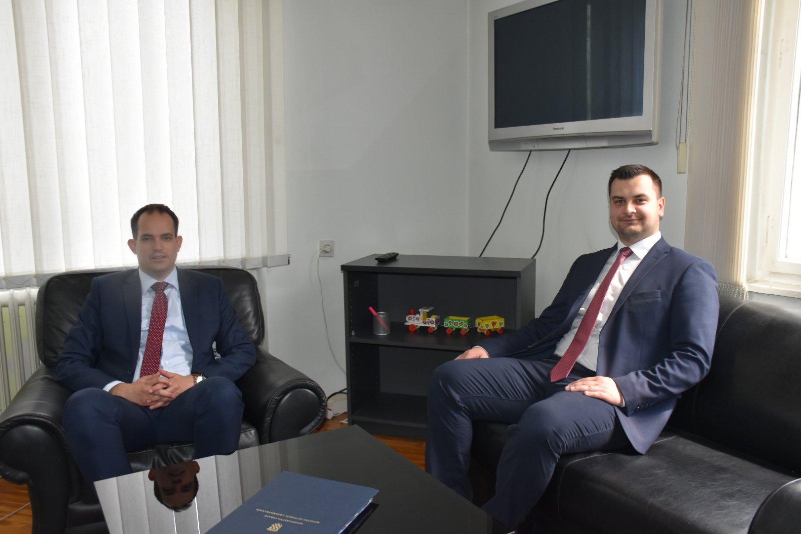 Predsjednik Vijeća Armin Hodžić održao sastanak s ministrom uprave Ivanom Malenicom